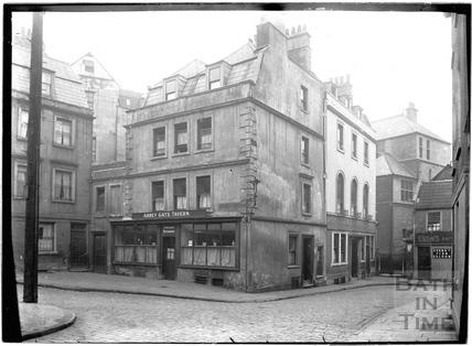 Abbey Gate Tavern and Evans Restaurant, Abbey Gate Street