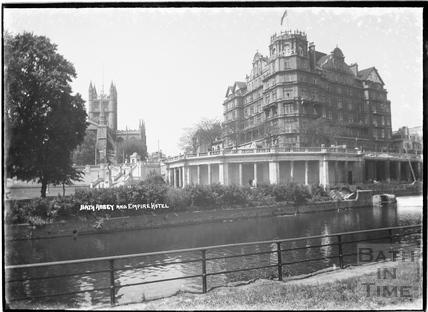 Bath Abbey and Empire Hotel 1934