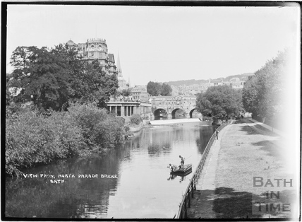 View from North Parade Bridge of the Empire Hotel and Pulteney Bridge