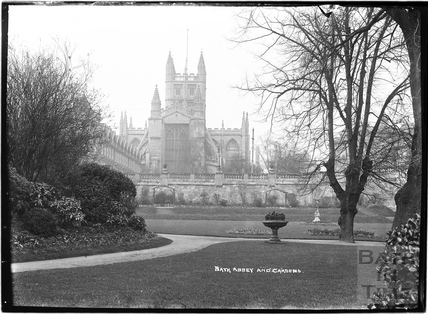 Bath Abbey and Gardens