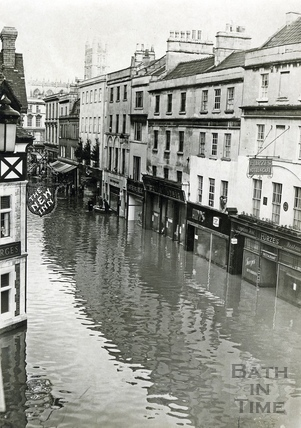 Floods in Southgate Street c.1968