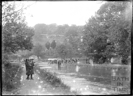 A boat excursion from Dundas Aqueduct c.1934