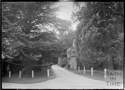 Entrance to Combe Grove Manor, Brassknocker Hill, Monkton Combe c.1910s
