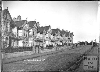 Alexandra Park Gardens c.1908