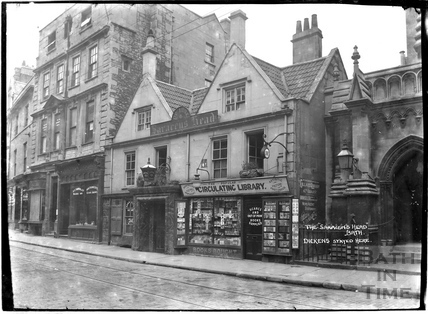 The Saracen's Head and Circulating Library, 42, Broad Street, Bath c.1912