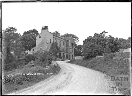 The Viaduct Hotel, Monkton Combe, at the foot of Brassknocker Hill c.1904?