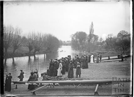Bath Col (College?) vs. Monkton Combe School rowing, below Dundas on the River Avon c.1920s