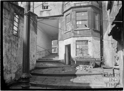 Parsons Yard, behind Walcot Street c.1930s