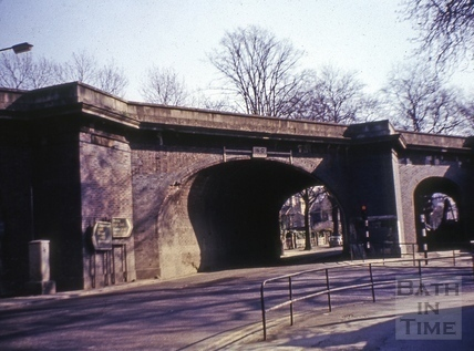 The original railway bridge on Pulteney Road c.1975