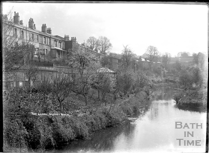 The Kennet and Avon Canal, Sydney Buildings, Bath c.1930