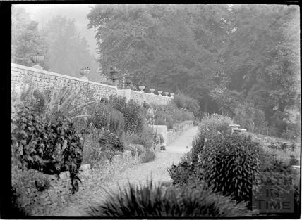 Gardens, Widcombe Manor c.1927