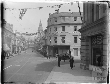 Looking up Southgate Street, May 1937