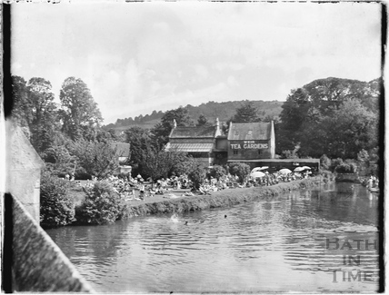 The Weir Tea Gardens, Bathampton Mill c.1950