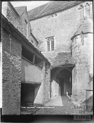 The George, Norton St Philip c.1932