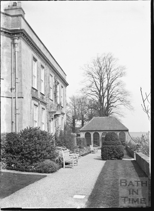 Hamswell House, near Battlefields c.1930s
