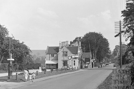Northey Arms Hotel, Box, Wiltshire c.1939 - detail