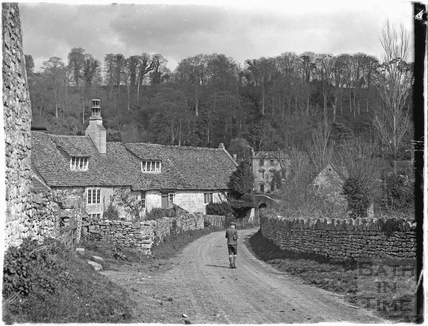 Cottages on the lane leading to Iford Manor 1926