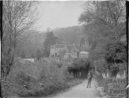Iford Manor viewed from the lane, 1926