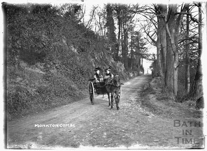 Horse-drawn Carriage, Monkton Combe 20th Feb 1911