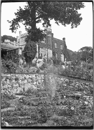 Warleigh Manor and garden fountain, c.1932