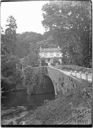 Iford Manor and bridge c.1920s