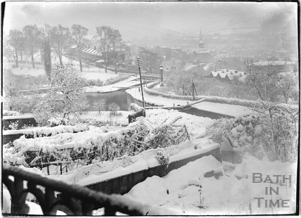 Winter view of the Kennet and Avon Canal towards Widcombe, Bath c.1920