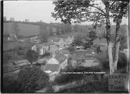 View of houses in Farleigh Hungerford c.1931