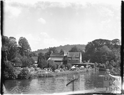 The Weir Tea Gardens, Bathampton c.1950s