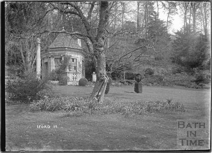 Iford Manor Peto Gardens, No.14 c.1920s