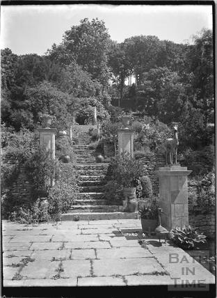 Iford Manor Peto Gardens, No.4 c.1920s