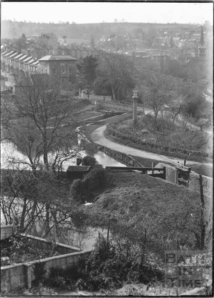 Locks on the Kennet and Avon Canal, Widcombe, Bath c.1920