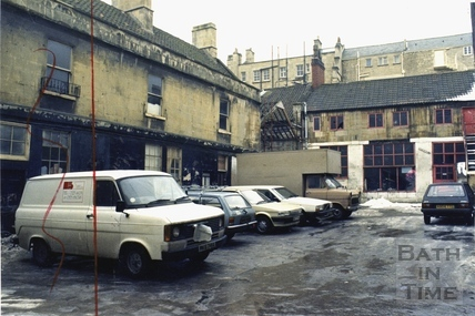 The courtyard between Broad Street and Milsom Street 22 Jan 1987