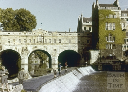 Pulteney Bridge and old weir, Bath c.1960