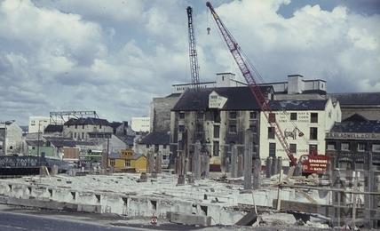 Churchill Bridge construction, Bath 1965