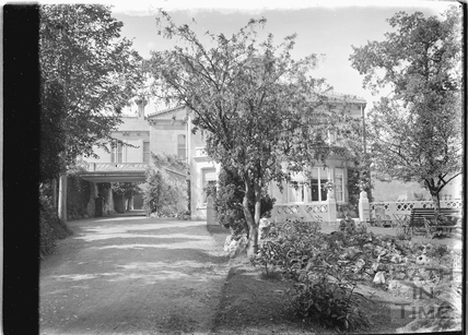 Monkton House, Warminster Road, Limpley Stoke c.1920s