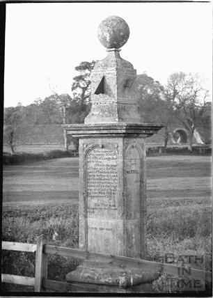 Monument at Maude Heath's Causeway, near Chippenham c.1920s