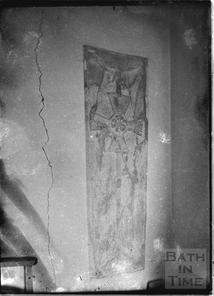 Unidentified stone monument c.1920s