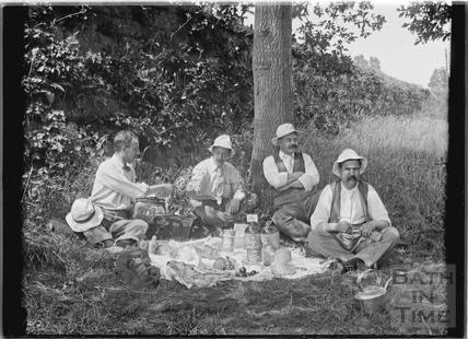Bath Anglers riverside picnic, c.1907