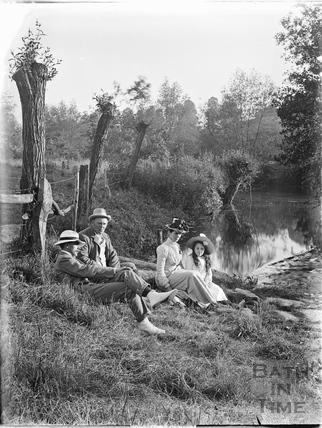 Picnic by Warleigh Weir c.1905