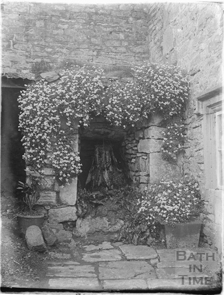 The well at The Mead, St Catherines, c.1920s