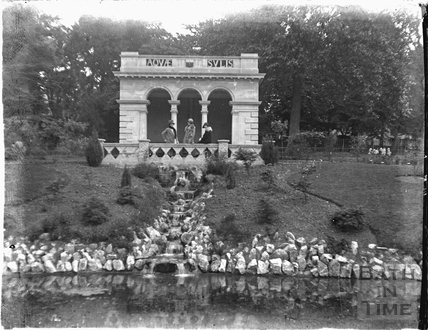 The pavilion at the Botanical Gardens, Royal Victoria Park c.1920s