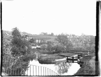 The Kennet and Avon Canal, Sydney Buildings, Bathwick, Bath c.1958-9
