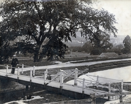 The swing bridge at Bathampton 1892