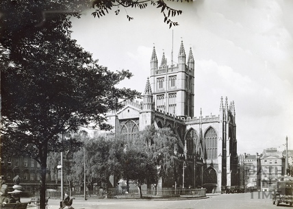 The east end of Abbey church, with Orange Grove in the foreground c.1932