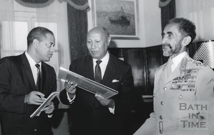 Haile Selassie is presented with a print of Bath Abbey 1966
