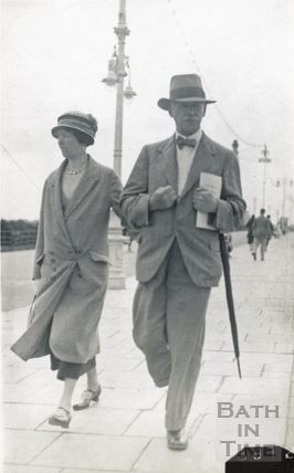 George Love Dafnis and his wife Violet, probably at Portsmouth promenade c.1930s