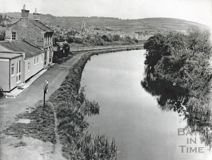 The Kennet and Avon Canal looking north, Bathwick, Bath 1972