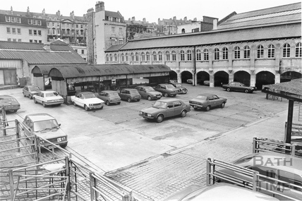 The Cattle Market with the Corn Market building behind, Walcot Street, Bath 3 April 1985