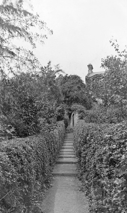 Dram way - Greenway Lane leading to Lyncombe Vale c.1910