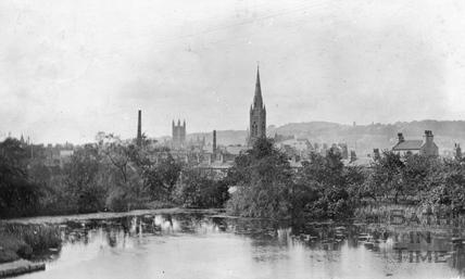 Kennet and Avon Canal, Widcombe looking towards St. John's Roman Catholic Church and Bath Abbey, Bath 1912